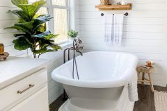 1586489960_Modern-Bathroom-Design-Ideas