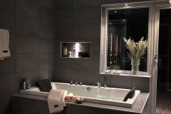1586598290_Modern-Bathroom-Design-Ideas