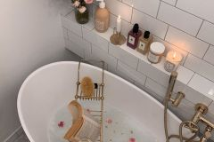 1587074687_Modern-Bathroom-Design-Ideas