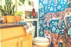Modern-Bathroom-from-Amanda-Colorful-Boho-Home-584